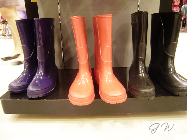 Rain boots for the rainy season | The Dreamer Mom