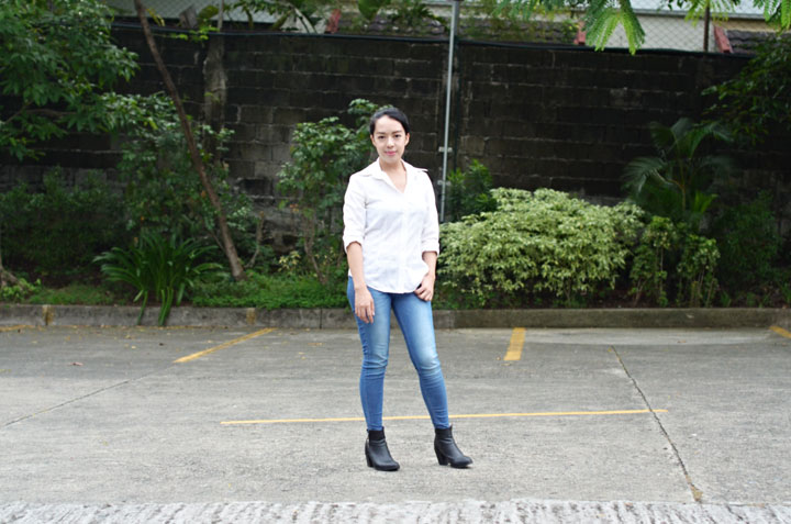 white-shirt-&-jeans 04