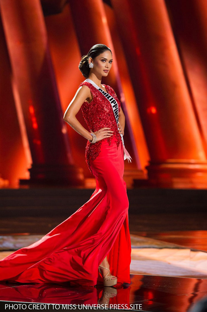 Pia-Wurtzbach-Miss-Universe-evening-gown-2015