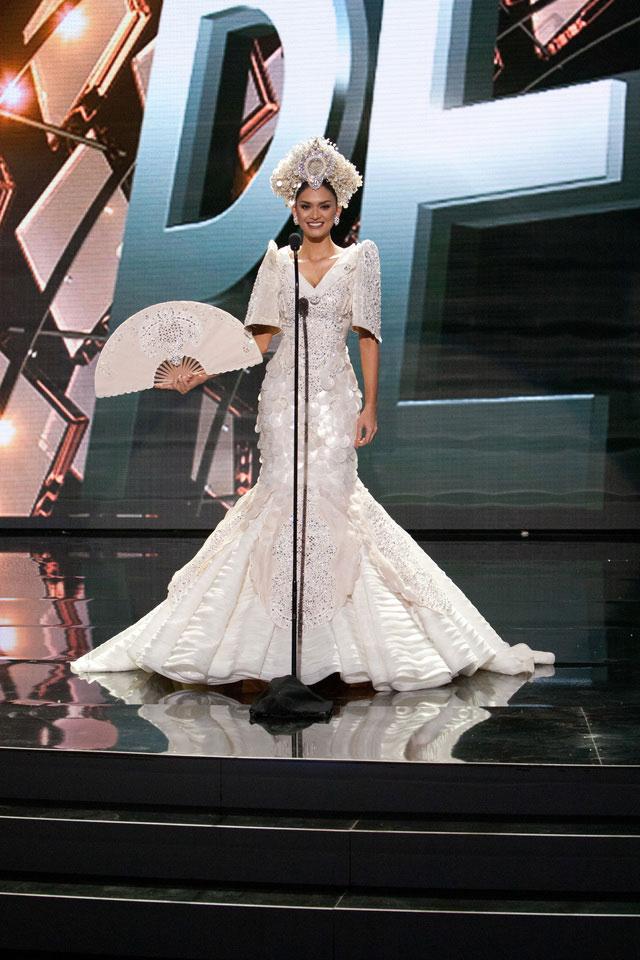 Pia-Wurtzbach-Miss-Universe-national-costume-2015
