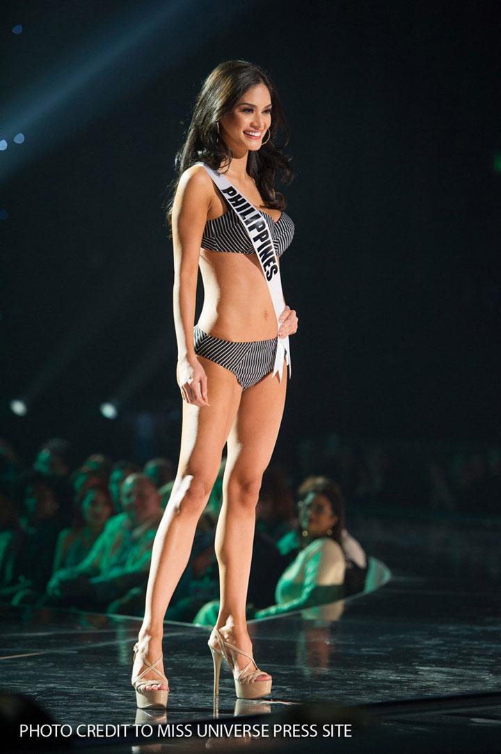 Pia-Wurtzbach-Miss-Universe-swimsuit-2015